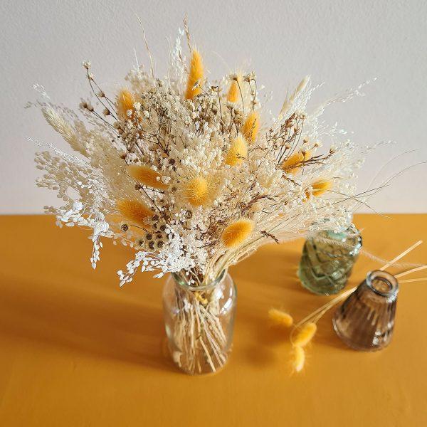 Bouquet de fleurs sechees