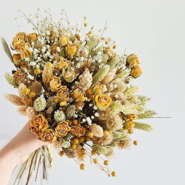gros bouquet fleurs sechees